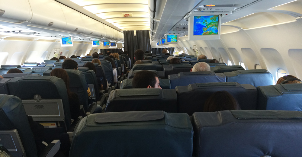 Interior of the Airbus A320-200 from London - Lisbon
