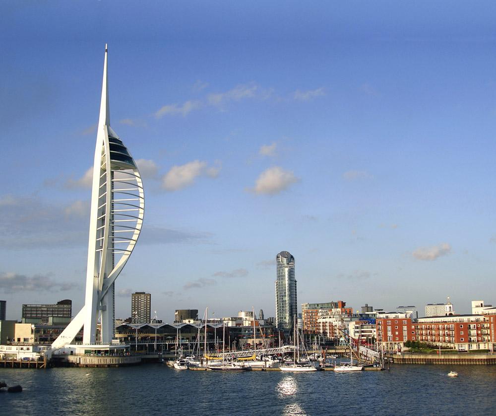 The Spinnaker Tower, Portsmouth © www.depositphotos.com