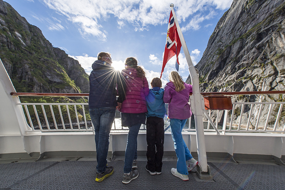 Young Explorers cruising with Hurtigruten along the Norwegian coast